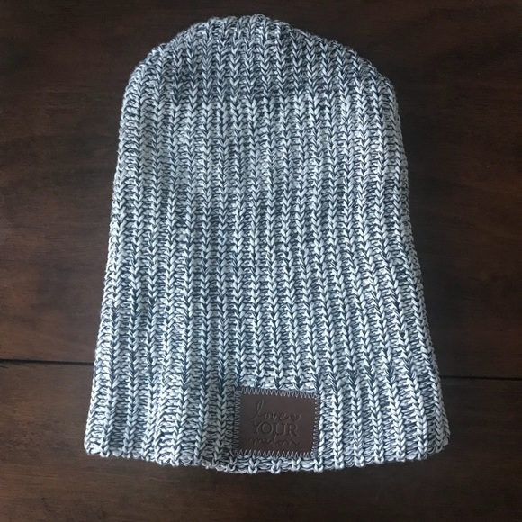 Love Your Melon Accessories - Love Your Melon Navy Speckled Beanie 555741d9533